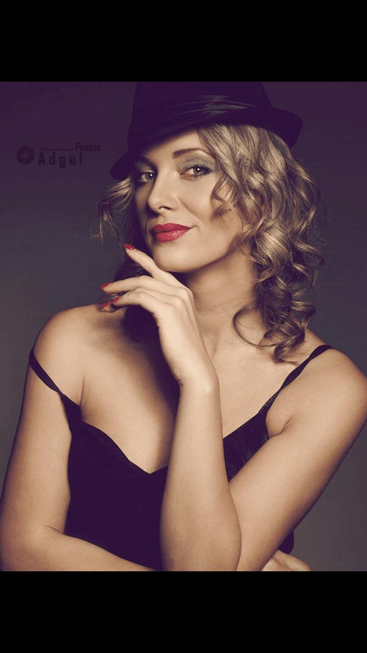 Lucie Zahalkova